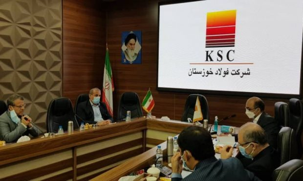 دیدار رئیس هیات مدیره فولاد خوزستان با مدیرعامل بانک تجارت استان خوزستان