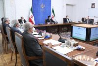 بانک مرکزی از فضاسازی کاذب در قیمت ارز جلوگیری کند